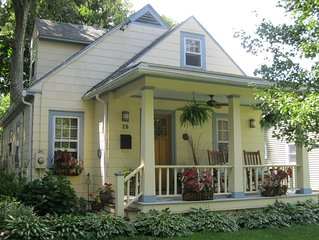 The Enchanted Cottage: A Charming Artists Retreat, Walk To Rhinebeck Village!