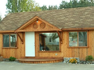Beach Front  Cabin In Qualicum Beach