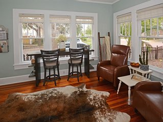 Fantastic Farmhouse Cottage..Best kept secret in St Pete