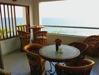 Beachfront 2 BR/2 BA Condo Del Mar with Pool at Colibri!
