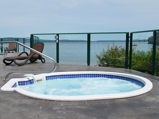 Romantic OCEANFRONT Getaway!!  INN OF THE SEA RESORT Studio Suite~Seaside Pool