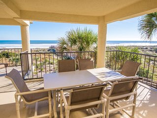 Stunning Large 3 Bedroom Direct Ocean Front Condo. Heated pool/Spa.