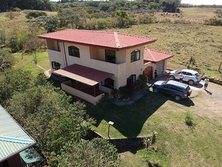 Large Beautiful Country Home in Monteverde with View