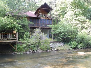 Cartecay Hideaway...Relax in comfort on the River! Clean, Away From Crowds