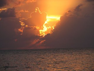 Coconut Bay Cayman Dream Condo