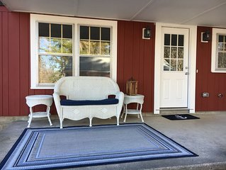Walk to everything - Recently renovated 3-bedroom beach house