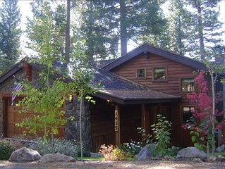 Tahoe Sun- Remodeled Gorgeous Home, Lakeview, Hottub, Pet Friendly