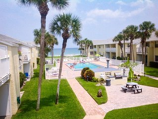 Perfect views of the ocean, pool and courtyard from this coastal condo