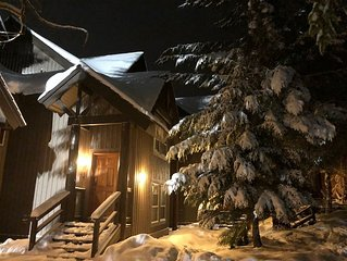 Ski in/Out - Great Townhouse Right Off Blackcomb Slopes