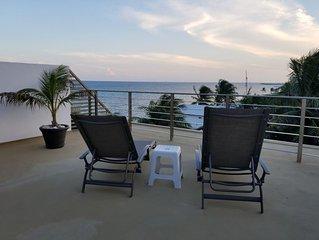 Perfect getaway! Ocean Front Condo w/private rooftop Palma Real, Puerto Morelos