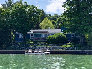 4+BDR/2 BTH  waterfront with dock!