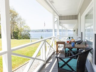 Peaceful! Oceanfront Sunsets With Beach And Deep Water Access!