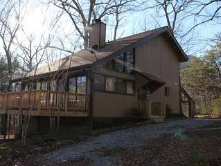 Private cabin getaway minutes from ALL resort amenities