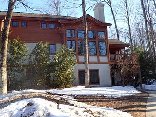 Boyne Mountain Disciples Condo With Short Walk To Lifts, Lodge, Waterpark