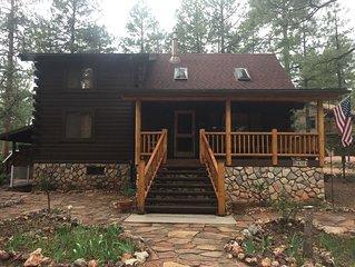 Beautiful log cabin retreat in peaceful Pine, AZ!