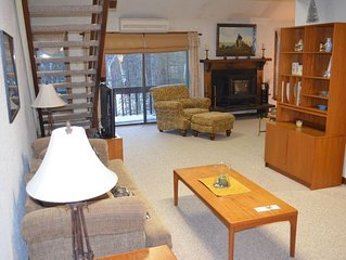 Stonehurst Village Condo - North Conway, NH - 1,900 Sq Ft