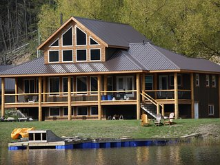 Family Friendly Jackpine Cabin,  Over 3600 sq ft of living space (New Owners)