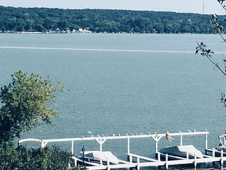 *LAKE GENEVA* LAKE FRONT ⛵️on COMO with Elevated Views! ☀️My Place in the � Sun