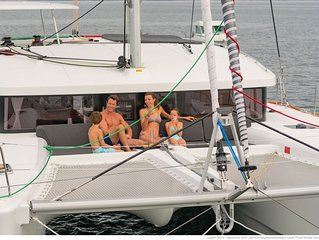 Queen of Hearts Crewed Yacht Charters, High-end experience at affordable prices