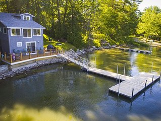 Newly Renovated Family Friendly Lake House on the Water's Edge. Boater's Dream!