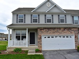 4 Bedroom Townhome in Lewes/Rehoboth with Community Pool