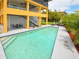 Beach House with Private Pool! Two screened decks! 2 blocks from beach!
