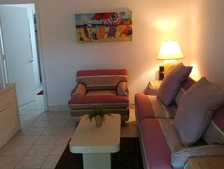 Close to Beach 1 Bedroom Condo with Kitchen and other amenities