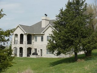 Luxurious Galena Territory 5 Bedroom home, Hot Tub, Wi-Fi