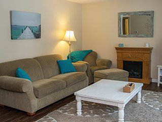 Rate reduction for November! Fireplace, Fire Pit, wood included, pets welcome