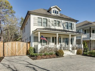 Beautiful Luxury Home Near 12th South w Front porch and Deck