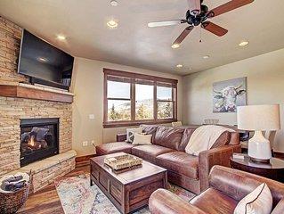 New 3 Bedroom, 2 Bath Condo in Silverthorne w/Private Elevator & Hot Tub!