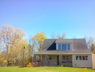 Peaceful Country Vacation Home-Available Weekly