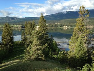 View... Very Private Overlooking Lake Windemere. 2 Min Walk To Waters Edge!