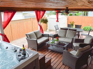 Niagara Urban Oasis with Hot Tub 40% discount for weekly rentals