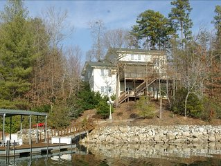Great Multi-Generation Vacation Home on Beautiful Lake Keowee!