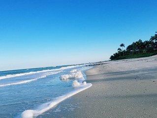 Modern Vacation Home - Vanderbilt Beach 1 mile