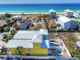 JUST A FEW STEPS TO BEACH /PRIVATE POOL