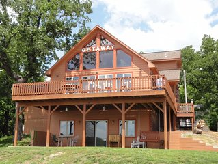 Beautiful, 5 Bedroom Home on Table Rock Lake