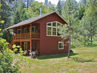 Tall Red Cabin in Bass Lake Yosemite area