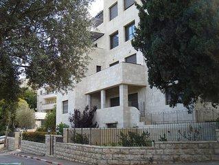 Luxury Ground Floor Jerusalem 2 Bed 2 Bath Apt in Best Talbieh/Rehavia Location