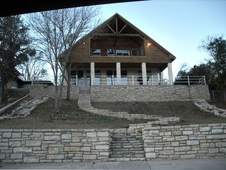 Spectacular Lake Granbury Vacation Rental