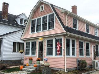 Charming year round cottage - Pet Friendly with Wi-Fi