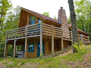 Bay View Lodge - Log Home Overlooking Harbor