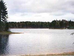 Logun's Landing, Powell Lake, Interior Update In 2014, Ferienwohnung in Shingleton
