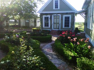 Wonderful Place To Stay Between Brenham And Round Top