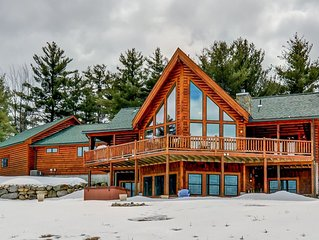 Amazing Log Home with hot tub close to it all!!!