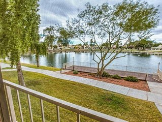 Lakefront Condo with Spectacular Views+Free WiFi