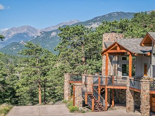 STUNNING HOME!  RARE views & privacy, borders RMNP- all king beds!  EV CHARGING