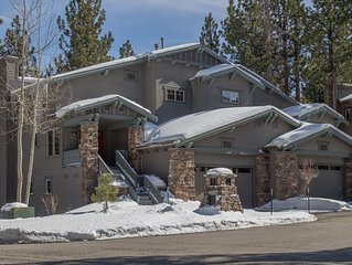 Timbers Luxury Townhome with View - 4BR/3.5BA with Hot Tub