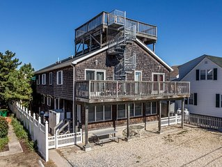 Ocean Block Pet Friendly 6 BR Duplex only Steps to the Beach
